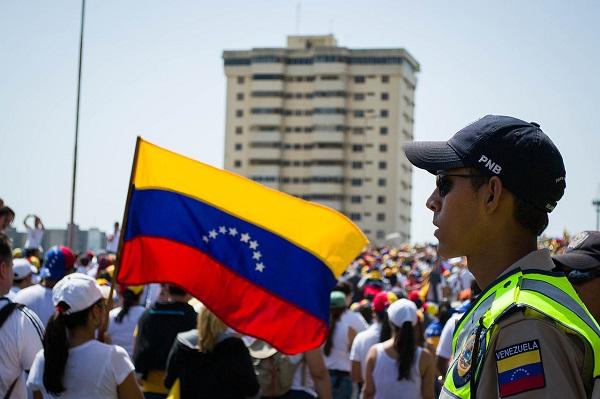 Nuevamente, ¿Qué pasa en Venezuela, por qué su pueblo pide misericordia?