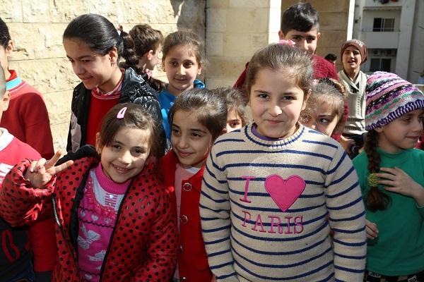 La catequesis es una gran medicina que está curando las heridas espirituales de la guerra en Siria