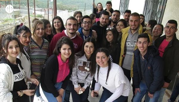 El futuro de los universitarios en Siria depende de ti.